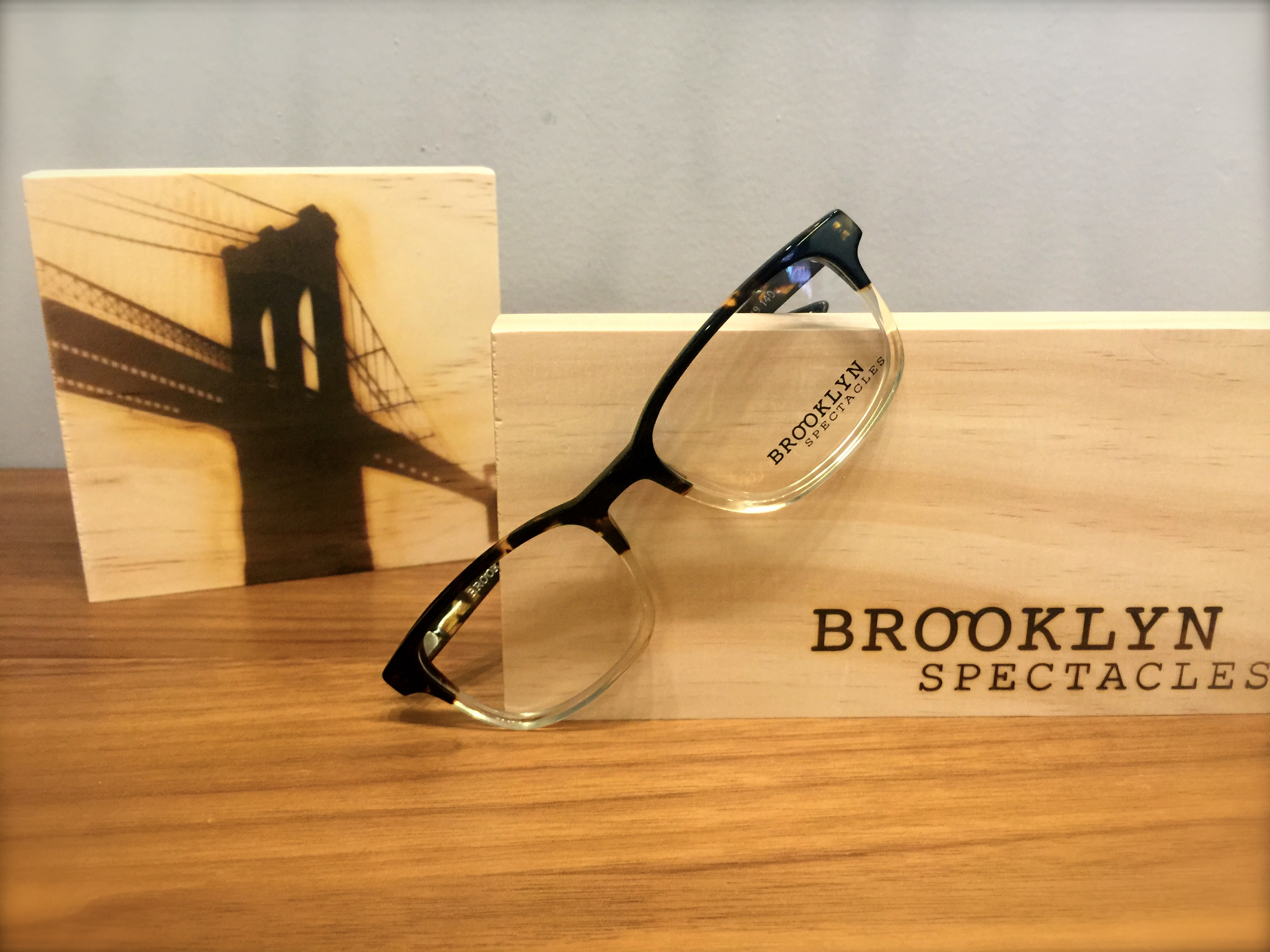 2a89dd0832d8 The collection is inspired by the bustling atmosphere of the neighborhood.  We offer solid neat frames for a very competitive price range of  195.